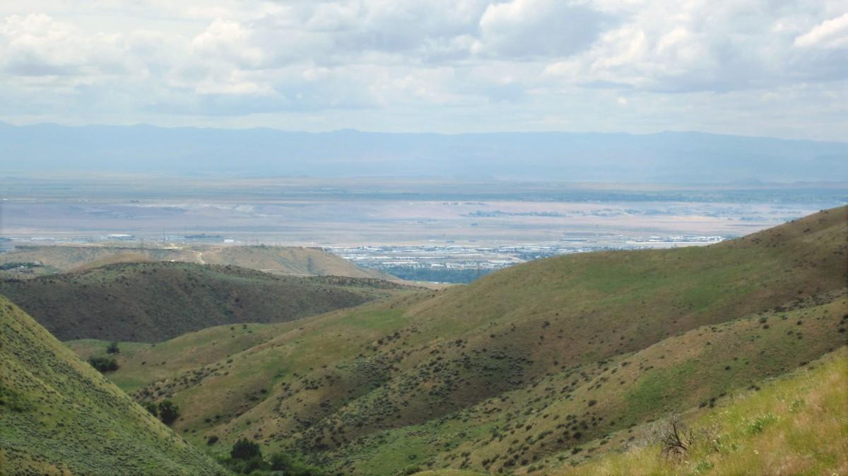 Boise Foothills Hike: Gulch, Watchman, Three Bears Loop
